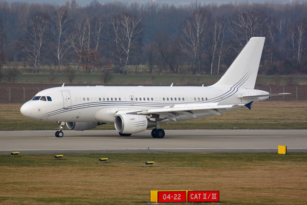 Airbus A319-100 (CJ) G-NOAH, Acropolis Aviation, CRV1 Farnborough - Ostrava, Ostrava ( OSR / LKMT ), 26.01.2018